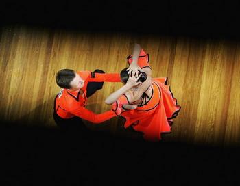 На Кубке Мира в Кремле российская танцевальная пара заняла второе место. Фото: SERGIO  DIONISIO/Getty Images