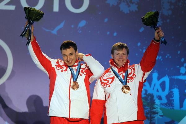 Александр Зубков и Алексей Воевода. Фото: Al BELLO/Getty Images