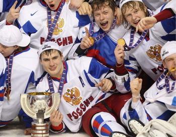 Хоккеистов сборной России сняли с рейса.  Фото: Rick Stewart/Getty Images