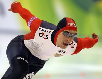 Дмитрий Лобков выиграл на предолимпийских соревнованиях по конькобежному спорту в Ричмонде. Фото: Koichi KAMOSHIDA/Getty Images