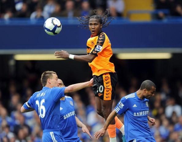 Лондонский «Челси» - «Уиган». Фото: Clive MASON, Darren WALSH, Chelsea FC, Shaun BOTTERILL, Adrian DENNIS/Getty Images