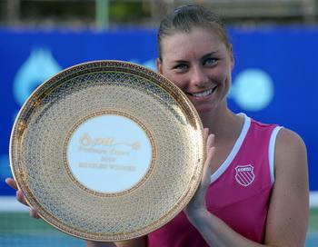 Вера Звонарева одержала победу в турнире серии WTA в Таиланде. Фото: Porncha KITTIWONGSAKUL/AFP/Getty Images