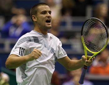 Михаил Южный вышел в финал турнира ATP в Роттердаме. Фото:  Julian FINNEY/Getty Images