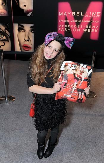Модельер Сесилия Кассини приняла участие на Неделе моды Мерседес-Бенц, прошедшей в парке Брайант в Нью-Йорке 16 февраля 2010 года Фото: Кэти ВИНН/Getty images