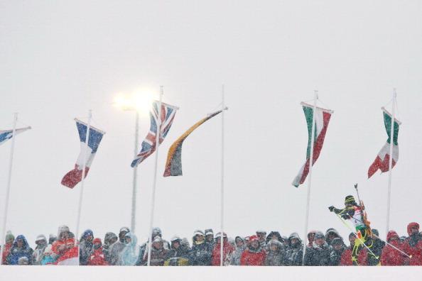 Второй этап. Хохфильцен. Падение на взлете. Фоторепортаж. Фото: JOE KLAMAR/AFP, STANKO GRUDEN/Getty Images