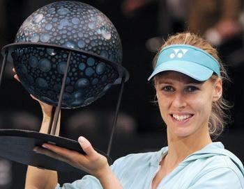 Елена Дементьева выиграла турнир Open Gaz de France в Париже. Фото: Bertrand GUAY/AFP/Getty Images