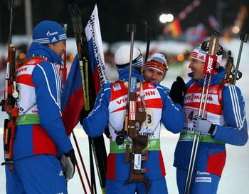 Российские биатлонисты выиграли эстафетную гонку Кубка мира. Фото: Alexander Hassenstein/Bongarts/Getty Images