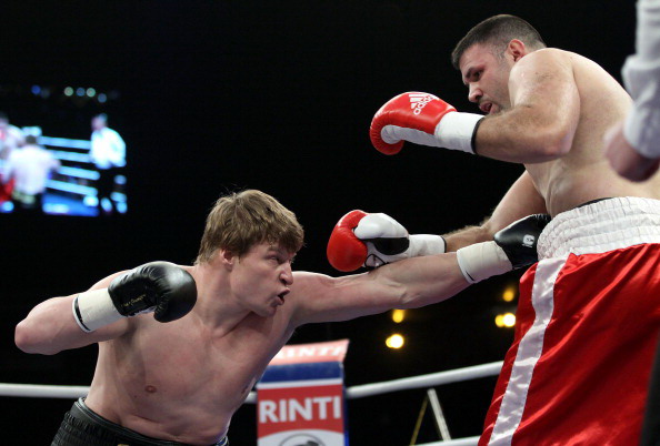 Александр Поветкин победил Николая Фирту одной рукой. Фото: Boris Streubel/Bongarts/Getty Images