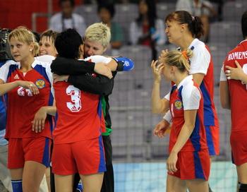 Российские гандболистки стали чемпионами мира. Фото: SAEED KHAN/AFP/Getty Images