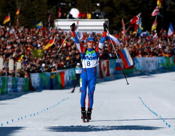 Евгений Устюгов выиграл золото в масс – старте. Фото: Alexander HASSENSTEIN/Bongarts/Getty Images