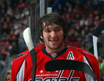 Александр Овечкин признан самым выдающимся игроком НХЛ. Фото: Bruce BENNETT/Getty Images