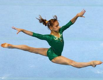 Виктория Комова главный поставщик золота для России на Юношеских Олимпийских играх в Сингапуре. Фото: Mark DADSWELL/Getty Images