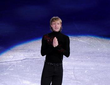 Евгений Плющенко временно лишен любительского статуса. Фото: YURI KADOBNOV/AFP/Getty Images