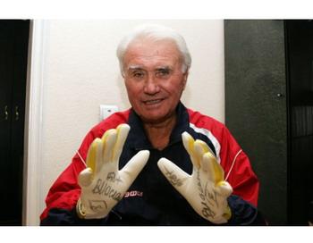 Маслаченко Владимир Никитович скончался на 75-м году жизни. Фото с сайта peoples.ru