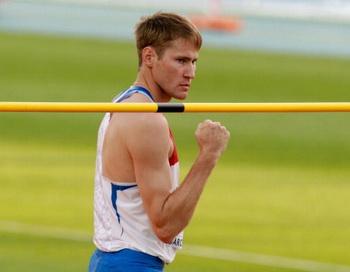 Александр Шустов стал чемпионом Европы в прыжках в высоту. Фото: Alexander HASSENSTEIN/Bongarts/Getty Images