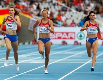 Российские спортсменки укрепили лидерсто в командном зачете на ЧЕ. Фото: Stu FORSTER/Getty Images