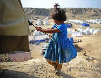 Тысячи людей покинули свои дома в Пакистане. Фото: Capc Desouza/AFP/Getty Images
