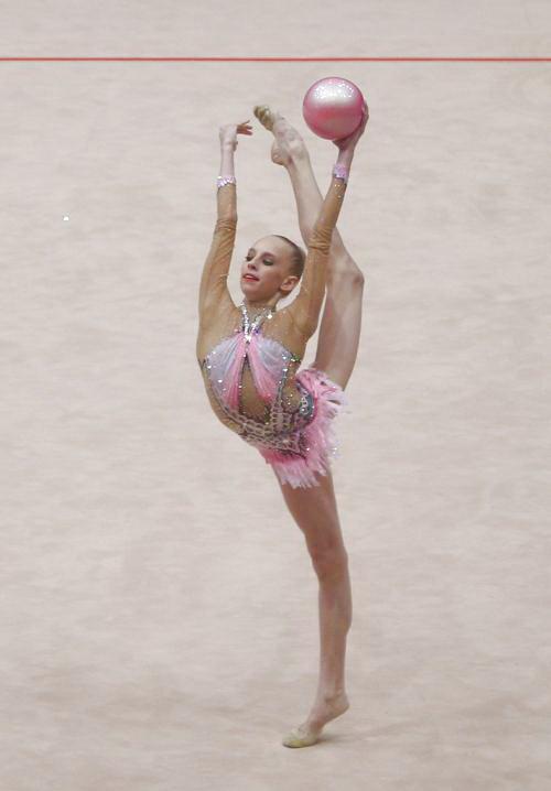 Российские гимнастки стали чемпионами Европы: http://www.epochtimes.ru/content/view/75197/13/