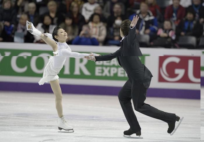 Юко Кавагути и Александр Смирнов на чемпионате мира по фигурному катанию. Фото: BRENDAN SMIALOWSKI/AFP/Getty Images