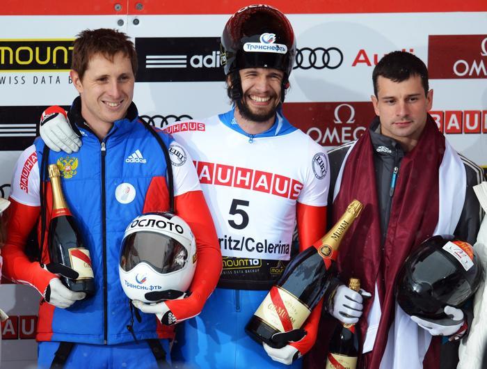 Александр Третьяков, Мартинс Дукурс и Сергей Чудинов. Фото: Lars Baron/Bongarts/Getty Images