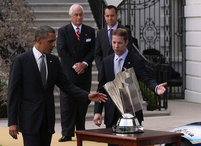 Чемпион гонки NASCAR прибыл на приём к президенту США. Фото: Mark Wilson / Getty Images
