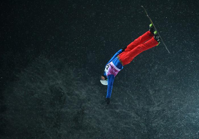 Лью Жоньгингу, 2 место среди мужчин. Фото: NATALIA KOLESNIKOVA/AFP/Getty Images