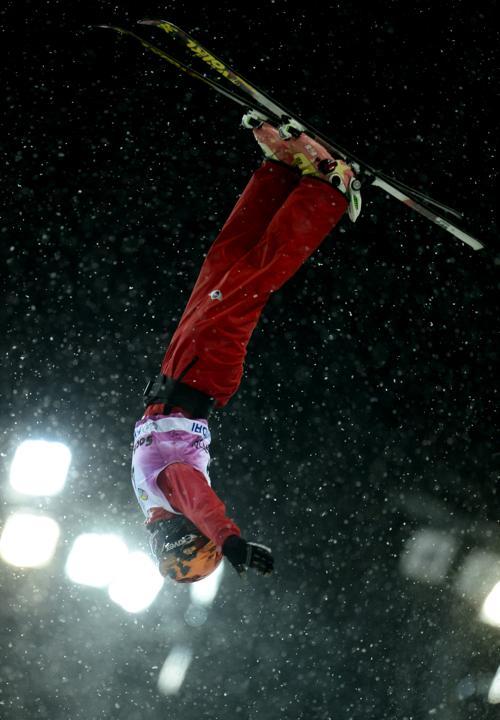Кубок мира по фристайлу в лыжной акробатике в экстрим-парке «Розы Хутор» в Сочи. Фото: JAVIER SORIANO/AFP/Getty Images