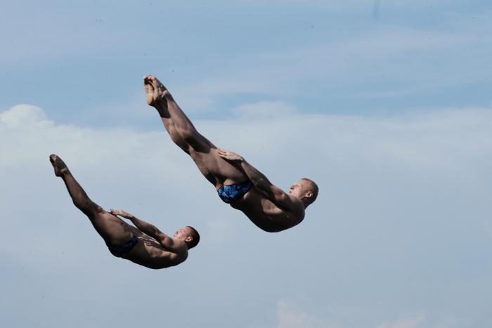 Прыгуны в воду Илья Захаров и Евгений Кузнецов взяли серебро на Чемпионате мира по водным видам спорта в испанской Барселоне 23 июля 2013 года. Фото: Adam Pretty/Getty Images