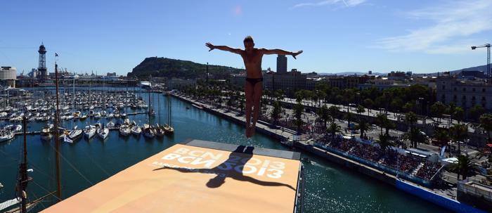 Данила Изотов вышел в финал соревнований по плаванию вольным стилем на 200 метров в 10-й день Чемпионата мира мира по водным видам спорта 29 июля 2013 года в испанской Басрелоне. Фото: FRANCOIS XAVIER MARIT/AFP/Getty Images