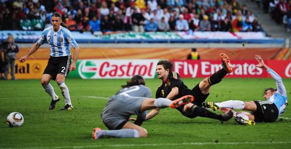 Сборная Германии разгромила сборную Аргентины и вышла в полуфинал ЧМ. Фото: Фото: Clive MASON/AFP/Getty Images