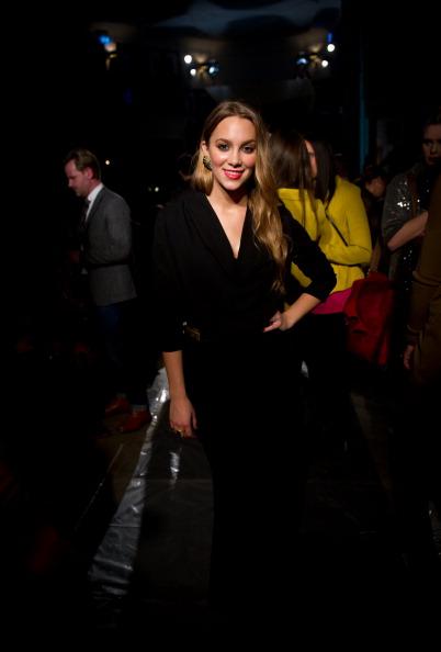 Коллекция  модной одежды от Дагмар на неделе моды  Mercedes-Benz в Стокгольме. Показ моды посетила известная шведская певица   Agnes Carlsson. Фоторепортаж. Фото:  Ian Gavan / Getty Images