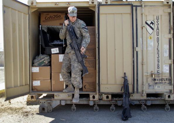 Ирак. Фоторепортаж  о подготовке американских военных из лагеря Adder к выводу из страны. Фото: Joe Raedle/Getty Images