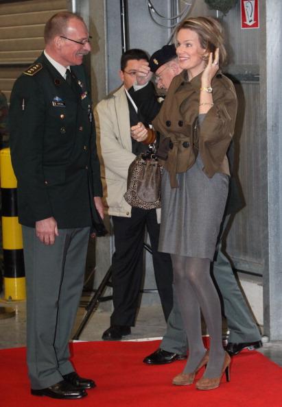 Фоторепортаж о встрече принцессы Бельгии Матильды с семьями бельгийских солдат. Фото: Mark Renders/Getty Images