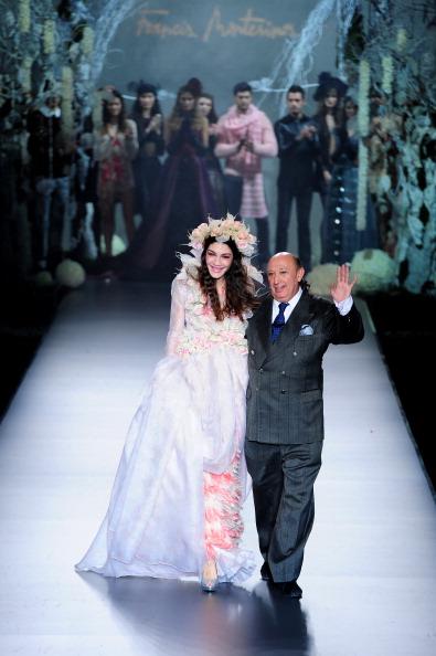 Испанская мода от Фрэнсиса Монтесиноса на Неделе моды Mercedes-Benz в Мадриде. Фоторепортаж. Фото: Jasper Juinen/Getty Images