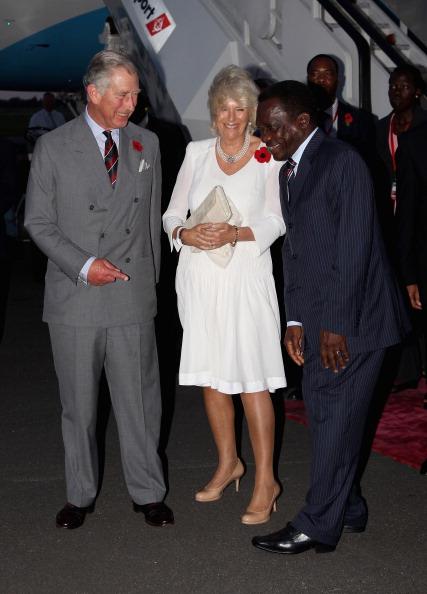 Принц Чарльз и герцогиня Корнуэлльская Камилла прибыли в Танзанию.  Фоторепортаж из  Дар-эс-Салама. Фото: Chris Jackson/Getty Images