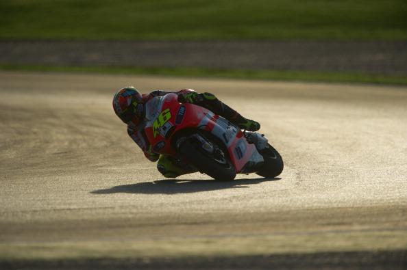Фоторепортаж с MotoGP. Тестовые соревнования прошли на треке  Ricardo Tormo Circuit в Валенсии. Фото: Mirco Lazzari gp/Getty Images