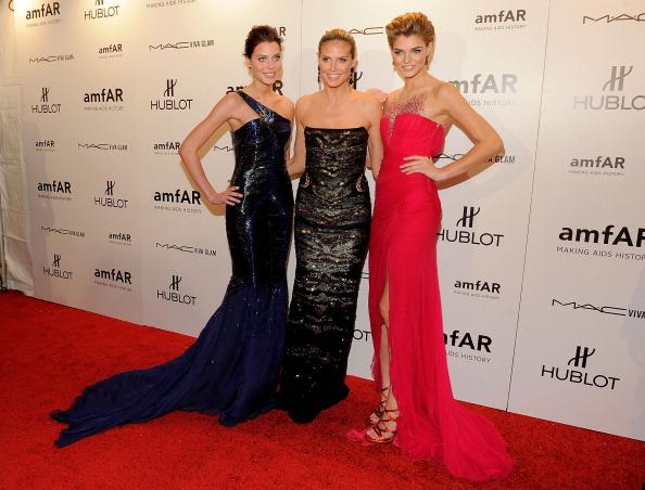 Звезды на открытии Недели Моды в Нью-Йорке. Хейди Клум (Heidi Klum) в центре. Фоторепортаж. Фото: Jemal Countess/Getty Images