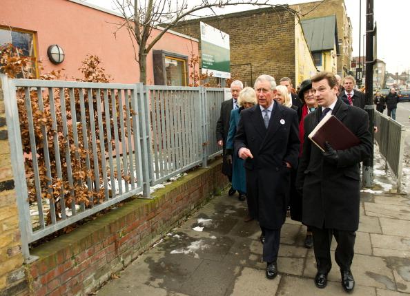 Герцогиня Корнуэльская Камила и принц Чарльз  накануне Дня святого Валентина посетили  Тоттенхэм. Фоторепортаж. Фото: Ian Gavan - WPA Pool /Getty Images