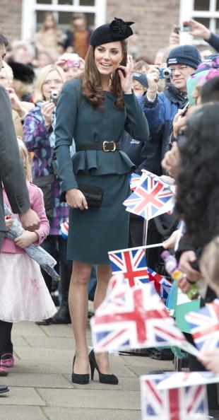 Герцогиня Кембриджская в юбилейном туре Елизаветы II в Лестере. Фоторепортаж. Фото: Ian Vogler - WPA Pool/Getty Images
