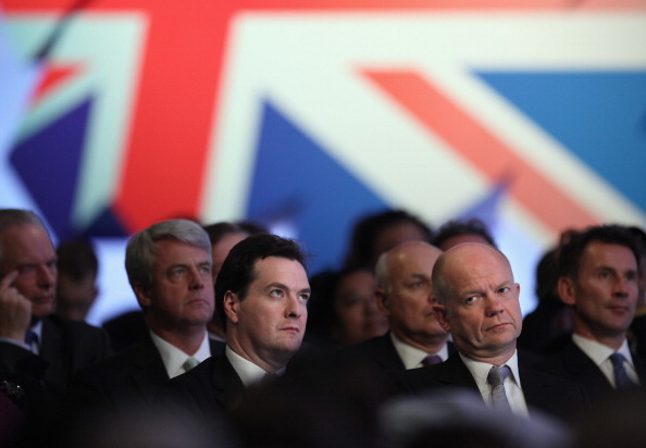 Фоторепортаж о Дэвиде Камероне с женой Самантой на встрече с членами консервативной партии. Фото: Stefan Rousseau - WPA Pool/Getty Images