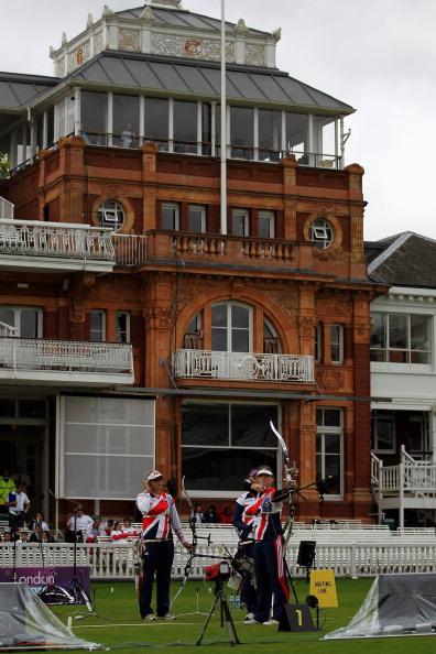 Лондон-2012.  LOCOG провел тестовые соревнования по стрельбе из лука. Фото: Paul Gilham/Getty Images