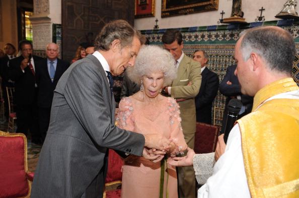 Фоторепортаж о свадьбе  герцогини Альбы и Альфонсо Диеса. Фото: Europa Press/Europa Press via Getty Images