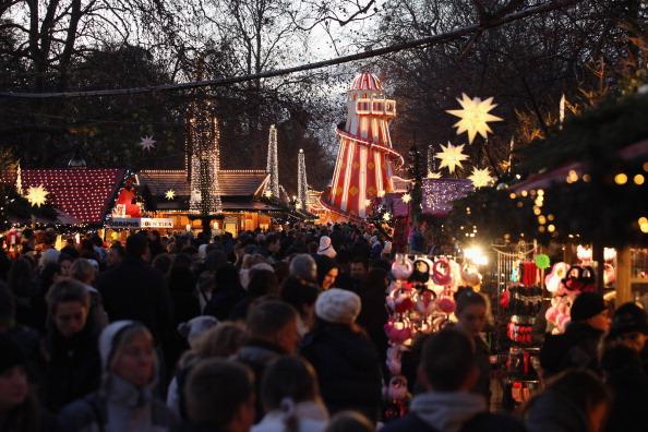 Фоторепортаж о рождественском  Winter Wonderland в Гайд-парке Лондона. Фото: Oli Scarff/Getty Images