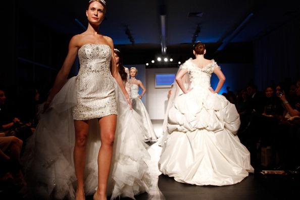 Коллекция модной одежды от  Seckin Ilker на неделе моды Nolcha в Нью-Йорке. Фоторепортаж. Фото: Brian Ach/Getty Images for Nolcha Fashion Week New York