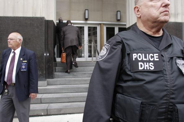 Умар Фарук Абдулмуталлаб, пытавшийся взорвать самолет на Рождество 2009 года, признал свою вину. Фото: Bill Pugliano/Getty Images