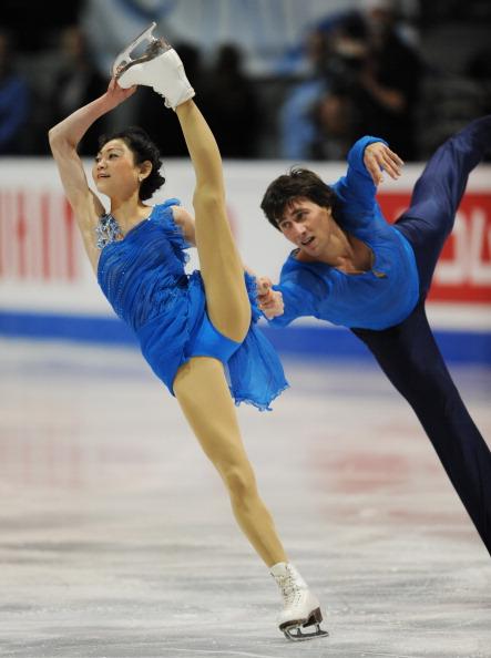 В финале Гран-при по фигурному катанию в Квебеке россияне завоевали три медали. Фото: STAN HONDA/AFP/Getty Images