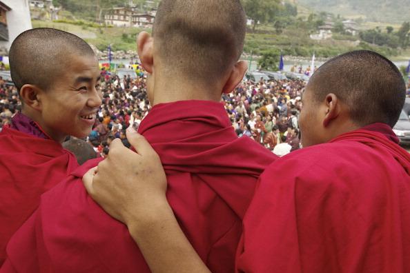 Свадьба короля в Бутане  - национальный праздник  всей  страны. Фоторепортаж и видео из Пунакха. Фото: Triston Yeo/Getty Images