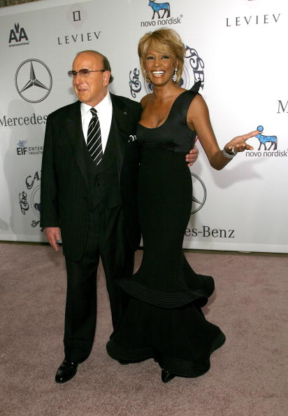 Уитни Хьюстон. (Clive Davis и  singer Whitney Houston). Фото: Getty Images