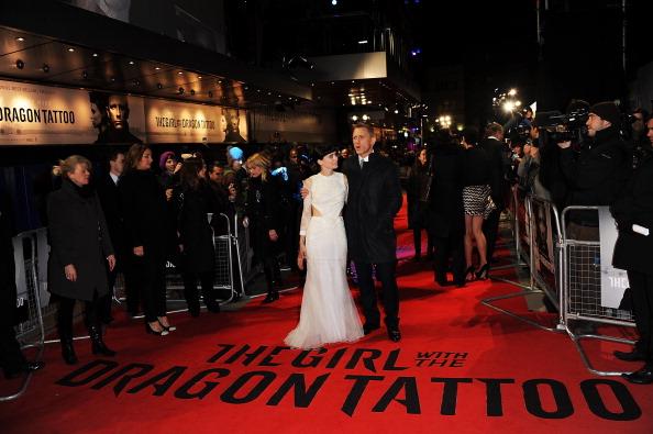 Знаменитости на красной дорожке премьеры фильма «Девушка с татуировкой дракона» (The Girl With The Dragon) в Лондоне. Фото: Dave Hogan/Getty Images