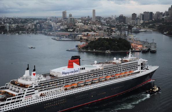 День святого Валентина празднуют на борту лайнера Queen Mary 2 в Сиднее. Фоторепортаж. Фото: James Morgan/Carnival Australia via Getty Images